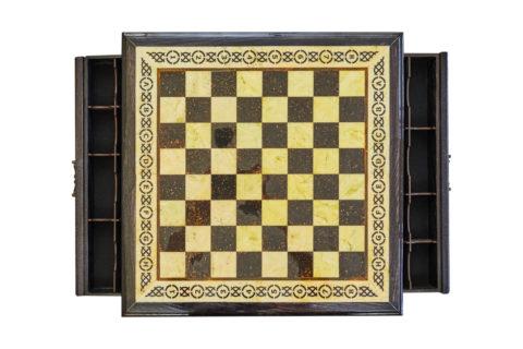 Шахматная коробка большая (дуб) с раздвижными ящиками 50*50 - Амберрегион