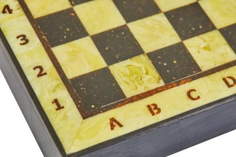 Шахматная коробка с доской малая (дуб) 25*25 - Амберрегион